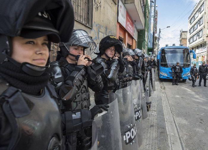 fotografía documental policia antidisturbios bogota la fotografia es mi pasion