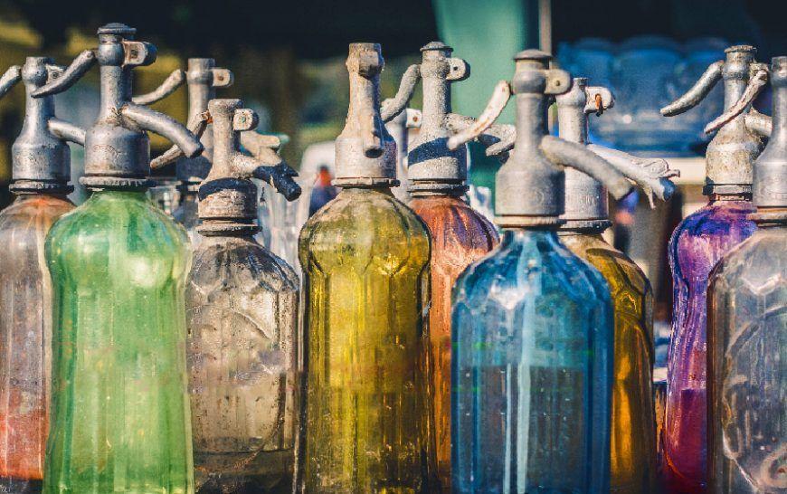 Botellas de sifón de colores