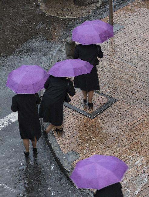 10 conceptos claros en fotografía señora del paraguas @xisco fuster, fotógrafo
