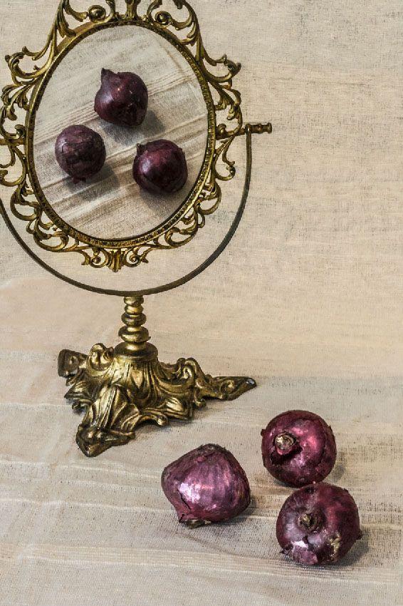 un bodegón en casa la fotografia es mi pasion xisco fuster cebollas y espejo